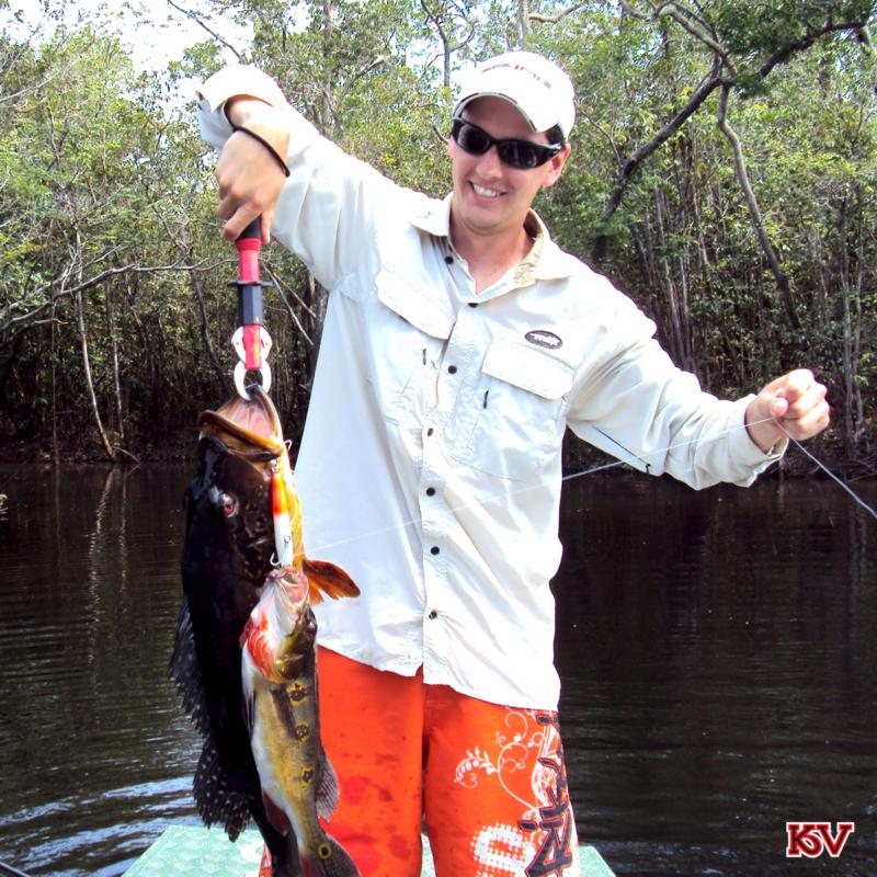 Douglas Venturini pescou um Tucunaré com a isca João Pepino.